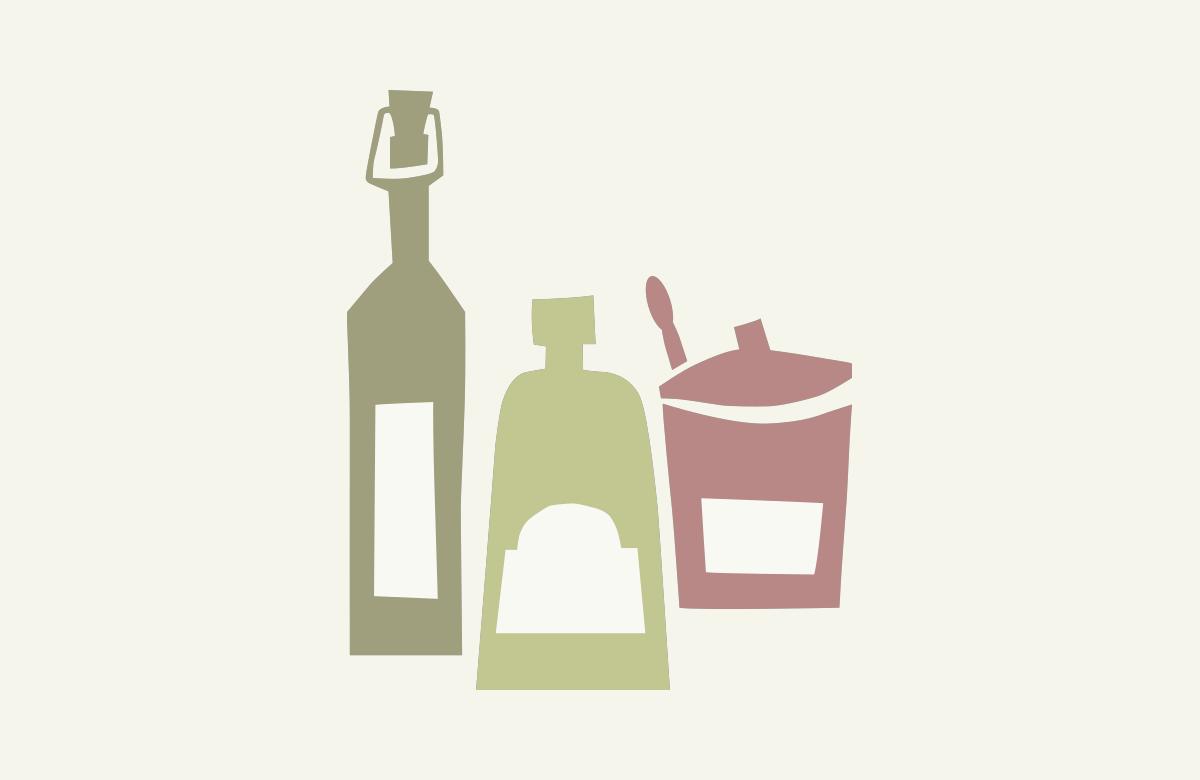 Oud-Hollandsche griesmeelpudding met rozijntjes en bessensaus